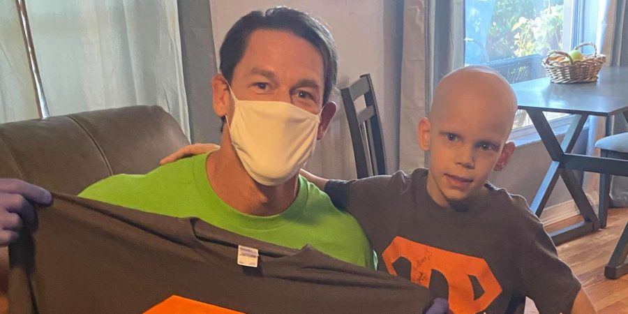 John+Cena+visits+child+with+Stage+4+cancer.